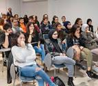 Burlada celebra el I Encuentro de jóvenes contra la violencia hacia las mujeres