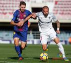 El Almería también ahonda en la herida del Barça B