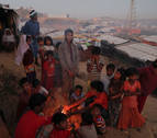 Dos delegados navarros de Cruz Roja, en la emergencia de Bangladesh