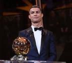 Cristiano Ronaldo recibe su quinto Balón de Oro e iguala a Leo Messi