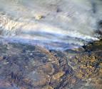 Los incendios arrasan por cuarto día consecutivo el sur de California