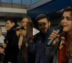 Amaia y sus compañeros de OT desatan la locura en las firmas de discos