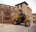 La reforma de la muralla del castillo de Cortes finalizará en primavera