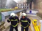 Arde un coche en el parking del Rincón de la Aduana en Pamplona