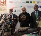 Vuelve a Pamplona el trabajador de la UN que viajó en Vespa a Dakar