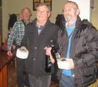 José Luis Barber y Javier Merlo ganan el campeonato de mus de otoño del club de jubilados