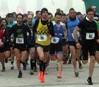 200 corredores se abrieron paso entre la niebla en Oteiza