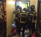 Cuatro heridos al descolgarse un ascensor en Madrid