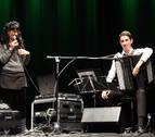 El acordeonista Eneko Sota reúne en Castejón a cerca de 150 personas