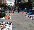 Fuertes críticas por el descontrol del top manta en San Fermín