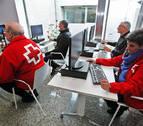 Cruz Roja Navarra abre un espacio pionero de atención integral para 12.000 mayores