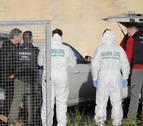 La Guardia Civil registra de nuevo la nave en la que se halló el cuerpo de Diana Quer