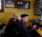 """Tomás, de Elizondo, mermado por una enfermedad degenerativa: """"La vida es maravillosa"""" (Vídeo)"""