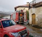 Un incendio en el fogón afecta al txoko de una casa en Goñi