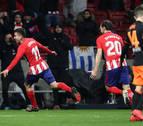 El Atlético de Madrid gana al Valencia y aún cree en la Liga