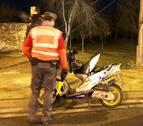 Sorprendido en Peralta conduciendo un ciclomotor sin permiso