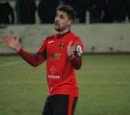 Mikel Pascual, capitán del Cortes, anima al equipo a pelear con los pies en el suelo