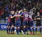 Un Huesca inexpugnable en el Alcoraz avanza hacia el ascenso