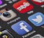 Estamos conectados de media casi una hora a redes sociales y la preferida es WhatsApp