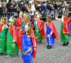 El color de un carnaval escolar vistió el 'viernes flaco' de Tafalla