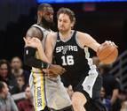 Pau Gasol y Mirotic colaboran en las victorias de Spurs y Pelicans