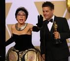 Rita Moreno apuesta por el vestido con el que ganó el Óscar en 1962