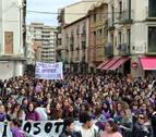 Mujeres reivindican sus derechos en las calles de la Ribera