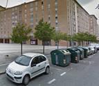 Ocho de cada 10 vecinos de la Rochapea piden regular el aparcamiento en el barrio