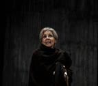 Concha Velasco sigue ingresada pero estrenará el 4 de octubre en Madrid