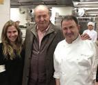 El Rey Juan Carlos visita el restaurante de Martín Berasategui
