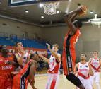 Los tres tiros libres de Cruz dan la victoria al Basket Navarra sobre la bocina