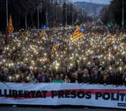 Tres detenidos, 52 heridos y cortes de vía en protestas por la detención de Puigdemont