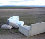 Denunciados en Olloki y Cárcar por tirar la basura al campo