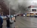 Suben a 64 las víctimas mortales por el incendio en centro comercial de Siberia