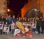 Un centenar de voluntarios dan vida al Vía Crucis de Andosilla
