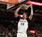 Los Spurs dan otro paso hacia los 'playoff'