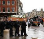 Amigos y familiares despiden a Stephen Hawking en un funeral privado en Cambridge