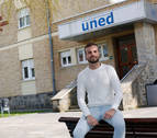 Ferrán Barcina, la voz de la UNED que cala en Madrid