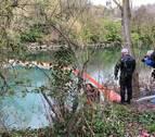 Continúa la vigilancia del vertido en el río Arga, sin novedades por el momento
