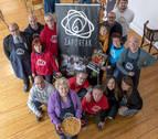 Sesenta establecimientos venderán pintxos por los refugiados en la plaza de San Francisco