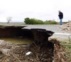 La carretera de Buñuel sigue cerrada tras hundirse uno de sus tramos