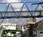 Se retoma el arreglo de la pasarela de Azagra después de casi 6 meses