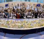 22 horas para montar el puzle más grande del mundo en Mutilva
