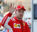 Vettel bate a Hamilton y logra la pole en Bakú; Alonso saldrá el 13º