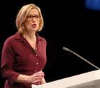 Dimite la ministra del Interior británica por plantear cuotas de deportación de extranjeros