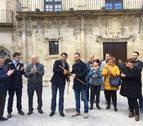 Villatuerta y Estella llevan a San Pedro su cambio de varas