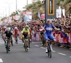 Viviani logra su cuarto triunfo y Yates sigue líder