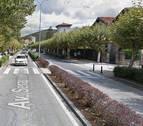 Tres trasladados de una misma familia en una colisión entre cuatro coches en Villava