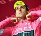 Yates gana en la cumbre del Gran Sasso d'Italia y abre distancias en el liderato