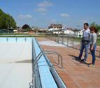 Detectadas cinco nuevas fugas en la piscina de Andosilla
